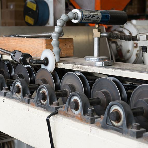 Extrusion de cadres pour filets et crochets-Eurosandow-2